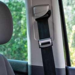 4CARS Zarážka bezpečnostného pásu klip strieborno čierna