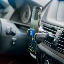 Držiak telefónu do ventilácie s bezdrôtovým nabíjaním Neoline Qi C4